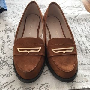 Shoes - Tan Brown Gold Loafers Pumps Size 6